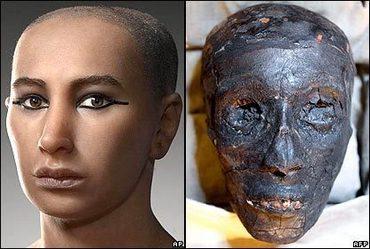 tvár mladého Tutanchamona a jeho múmia