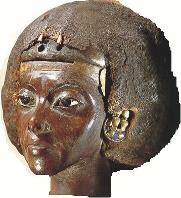 kráľovná Teje, stará mama Tutanchamona