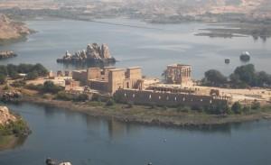 chrám Philae, zasvätený bohyni Izis na novom ostrove Agilkia