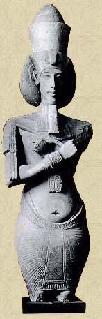 kráľ Achnaton, syn Amenhotepa III. a Teje, otec Tutanchamona