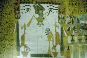 v hrobke nesmie chýbať boh podsvetia Usire, vpravo časť potravín
