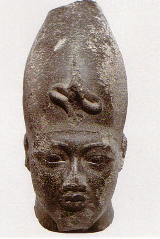 faraón Amenhotep III., manžel Teje, starý otec Tutanchamona