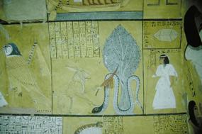 časť výzdoby, vpravo mŕtvy majiteľ hrobky,pred ním obávaný Apopis, nepriateľ v podsvetí